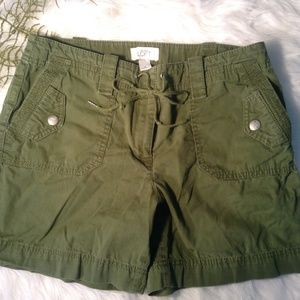 LOFT Cargo Shorts Size 6